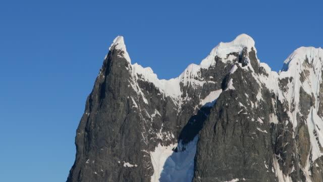 cape renard, lemaire channel - antarctic peninsula coastal scenery - antarctic peninsula stock videos & royalty-free footage
