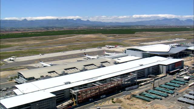 Internationaler Flughafen Kapstadt - Luftbild - Western Cape, Kapstadt, Südafrika