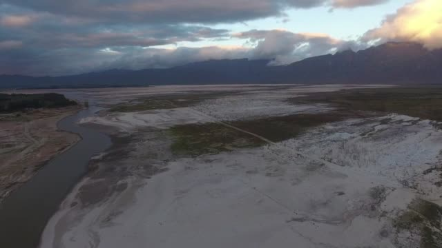 cape town's biggest water reservoir theewaterskloof dam dips to 155% capacity in approximately 90 days cape town south africa could be the first... - stausee stock-videos und b-roll-filmmaterial