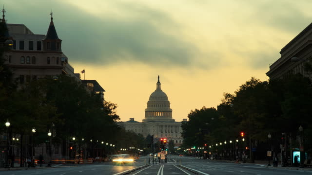 stockvideo's en b-roll-footage met capitol building at sunrise in washington d.c, usa - washington dc