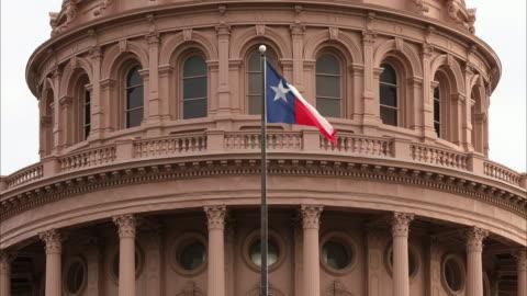 vídeos y material grabado en eventos de stock de edificio del capitolio de austin, texas - austin texas