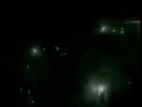 capitol building dome framed w/ foliage. night sky: fireworks. senator robert la follette speaking about 'progressive party'. night sky: fireworks. - 1938 bildbanksvideor och videomaterial från bakom kulisserna