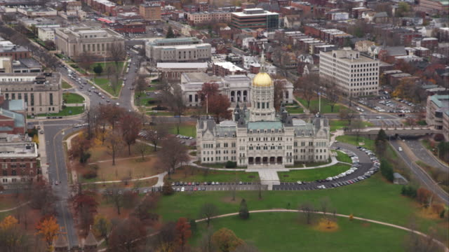 capitol building in hartford, connecticut. shot in november 2011. - dome stock videos & royalty-free footage