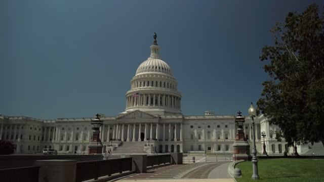 ワシントンdcの米国議会議事堂歩道 - 連邦議会議員点の映像素材/bロール