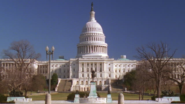 ws capitol building with grant statue / washington d.c., united states - male likeness stock videos & royalty-free footage