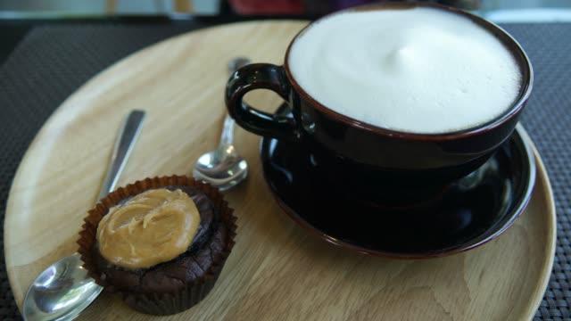 Cappuccino i Black Cup Truck shot