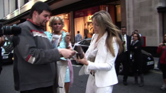 caprice at pre-wimbledon party arrivals at kensington roof gardens on june 17, 2010 in london, england - caprice bourret video stock e b–roll