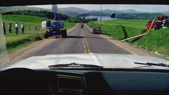 ms pov car crashing into dummy on rural road - testdocka bildbanksvideor och videomaterial från bakom kulisserna