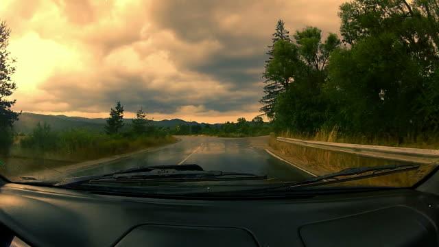 vídeos y material grabado en eventos de stock de controladores de punto de vista de coche - parabrisas