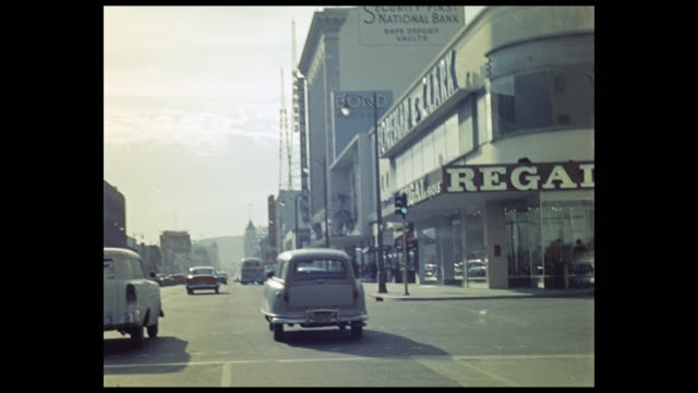 stockvideo's en b-roll-footage met 1956 pov car driving on hollywood boulevard, los angeles - hollywood california