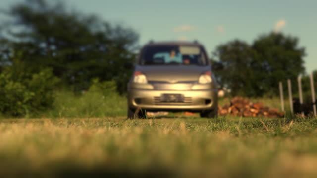 HD: Auto fahren auf die Kamera