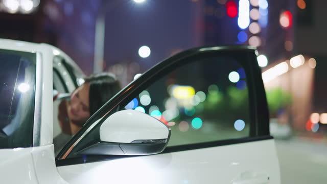 vidéos et rushes de concept de sécurité sans clé voiture - internet des objets