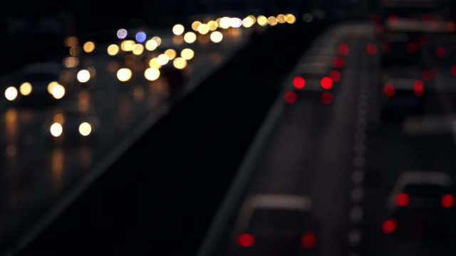stockvideo's en b-roll-footage met t/l car lights in night traffic on highway time lapse - geschwindigkeit