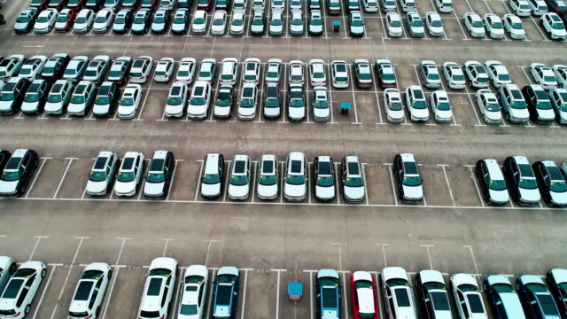 car parking lot siet - cars parked in a row stock videos & royalty-free footage