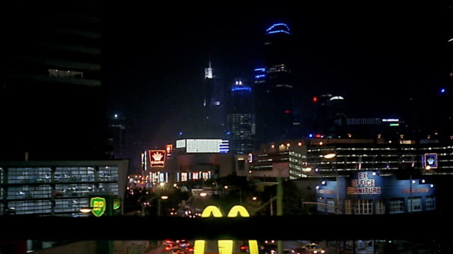 car point of view driving down city link highway / skyline in background / melbourne - 車の視点点の映像素材/bロール