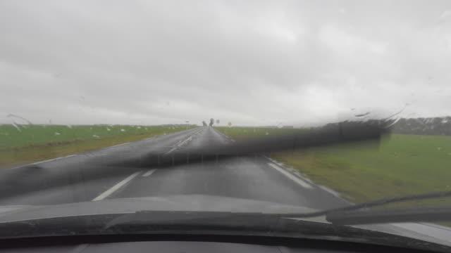 vidéos et rushes de car point of view driving, road landscape seen from car - intérieur de véhicule
