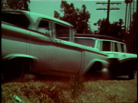 1968 MONTAGE car rear-ending another vehicle