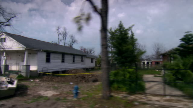 pov car riding through destroyed residential area, gentilly, new orleans, louisiana, usa - hurricane katrina stock videos and b-roll footage