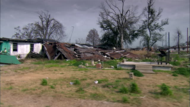 side pov car riding through destroyed residential area, gentilly, new orleans, louisiana, usa - hurricane katrina stock videos and b-roll footage