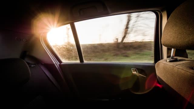 Auto Seitenfenster im Sonnenlicht