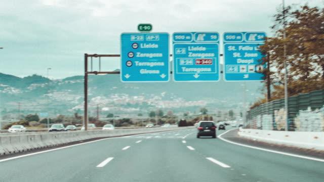 vídeos de stock e filmes b-roll de car timelapse - car point of view