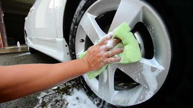 car tire wash - biltvätt bildbanksvideor och videomaterial från bakom kulisserna