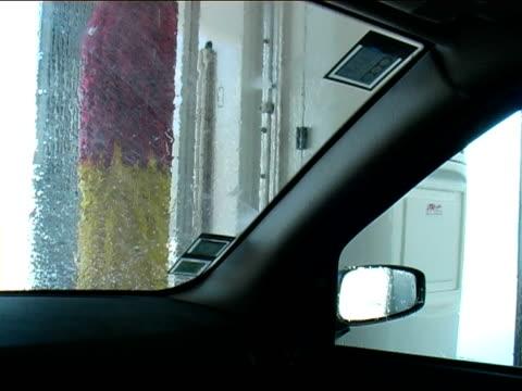 car-waschung  - andersherum stock-videos und b-roll-filmmaterial