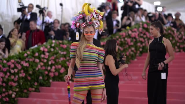 cara delevingne at the 2019 met gala celebrating camp notes on fashion arrivals at metropolitan museum of art on may 06 2019 in new york city - met gala 2019 stock videos and b-roll footage
