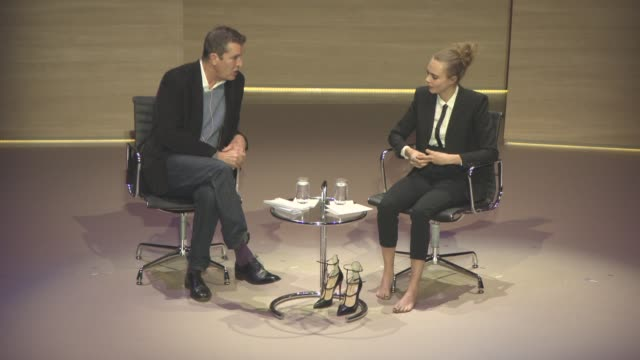 stockvideo's en b-roll-footage met interview cara delevingne on what being a model was like before becoming successful at cara delevingne interviewed by rupert everett women in the... - rupert everett