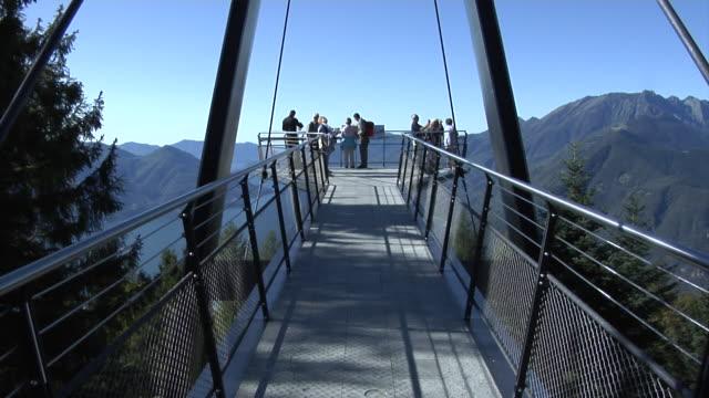 """vídeos de stock, filmes e b-roll de carcada observation deck """"passerelle"""" - ponto de observação"""