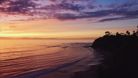 vidéos et rushes de cardiff-by-the-sea au coucher du soleil - san diego