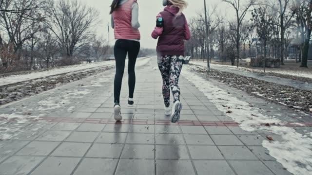 Herz-Kreislauf-training im Freien