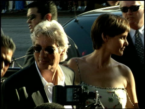 carey lowell at the 'runaway bride' premiere on july 25 1999 - runaway stock videos & royalty-free footage