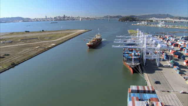 aerial cargo ships in port of san francisco / california, usa - distant stock videos & royalty-free footage