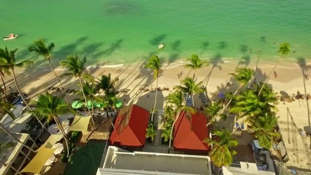 vídeos y material grabado en eventos de stock de viajes caribe resort - hispaniola