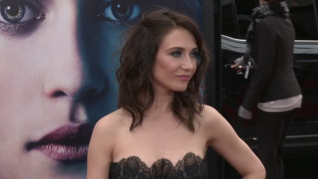 stockvideo's en b-roll-footage met carice van houten at game of thrones season 3 premiere on 3/18/13 in los angeles ca - première