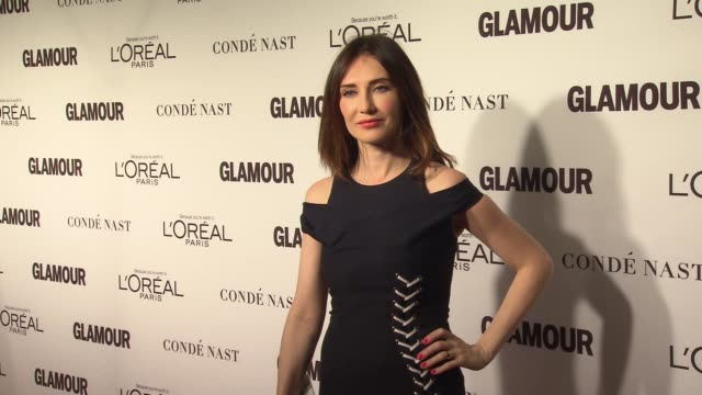 stockvideo's en b-roll-footage met carice van houten at glamour magazine's 24th annual women of the year awards at carnegie hall on november 10 2014 in new york city - van