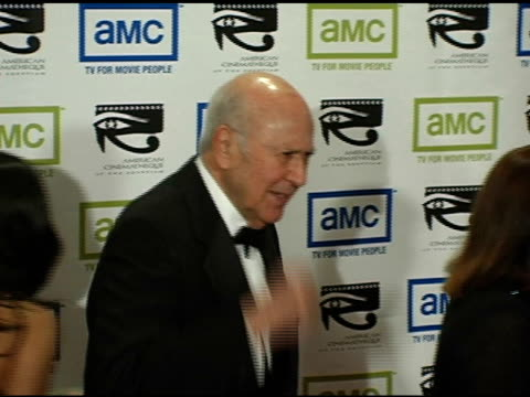 carl reiner at the 19th annual american cinematheque award honoring steve martin at the beverly hilton in beverly hills california on november 12 2004 - スティーブ マーティン点の映像素材/bロール