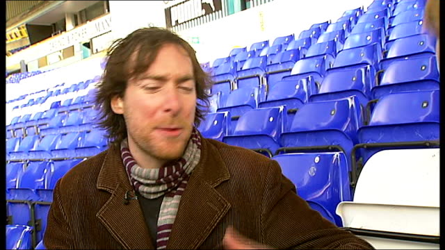 stockvideo's en b-roll-footage met carling cup semifinal daniel sung interview sot - halve finale
