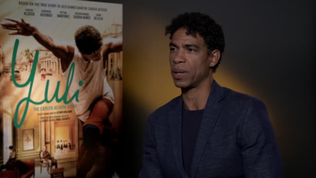 carlos acosta on how cuba is depicted in 'yuli' and why he loves his country at 'yuli- the carlos acosta story' interviews on april 03, 2019 in... - cuba stock videos & royalty-free footage