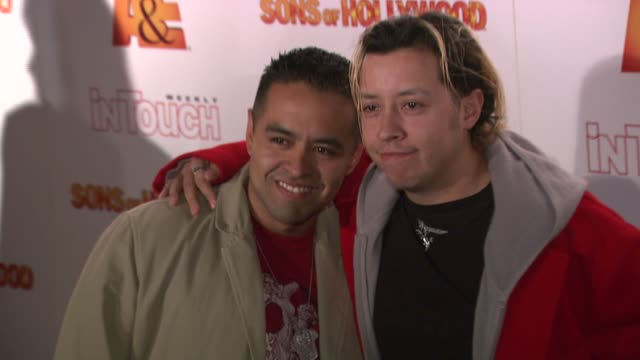carlos ramirez and guest at the 'sons of hollywood' premiere launch party at les deux in los angeles california on march 29 2007 - les deux club stock videos & royalty-free footage