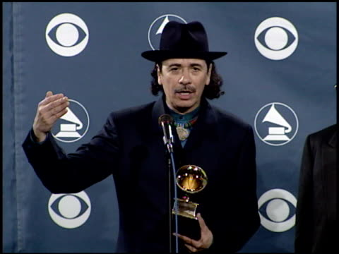 carlos santana at the 2000 grammy awards at staples center in los angeles, california on february 23, 2000. - grammy awards stock-videos und b-roll-filmmaterial