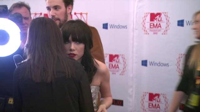 carly rae jepsen at mtv ema's 2012- red carpet arrivals at festhalle frankfurt on november 11, 2012 in frankfurt am main, federal republic of germany - mtv video music awards stock videos & royalty-free footage