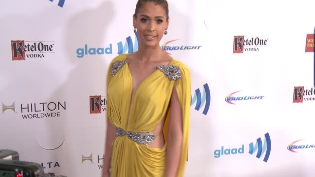 stockvideo's en b-roll-footage met carmen carrera at the 25th annual glaad media awards at the beverly hilton hotel on april 12 2014 in beverly hills california - beverly hilton hotel