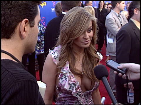 carmen electra at the taurus world stunt awards at paramount lot in hollywood california on may 16 2004 - 2004 stock-videos und b-roll-filmmaterial