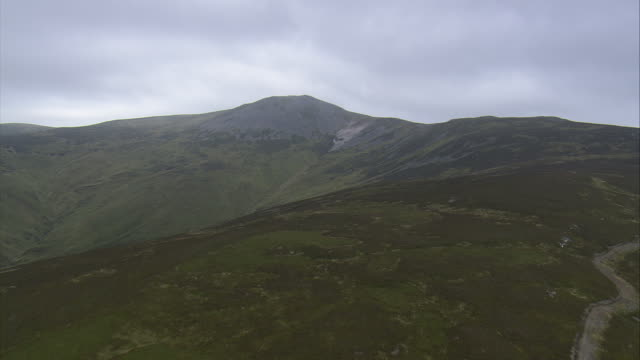 carn a'chlamain - perthshire stock videos & royalty-free footage