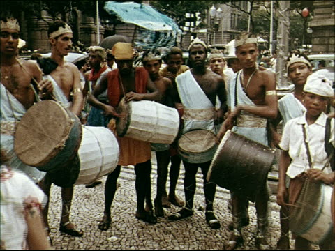 stockvideo's en b-roll-footage met 1955 carnival in rio - 1955