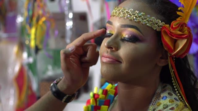 vídeos y material grabado en eventos de stock de maquillaje de carnaval - generation z