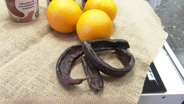 carob and orange ice cream made by a group of students from the polytechnic university of valencia has won the ecotrophelia spain 2021 award,... - citrus fruit stock videos & royalty-free footage