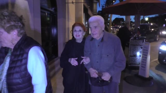 interview carole cook tom troupe comment on the college admissions bribery scandal outside craig's restaurant in west hollywood in celebrity... - bribing stock videos & royalty-free footage